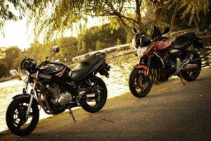 Deux motos